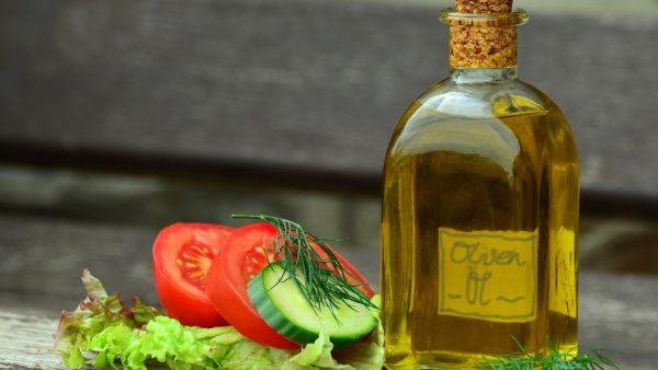 Azeite e seus muitos benefícios são apreciados pelo consumidor