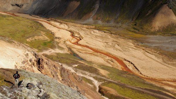 Sedimentação é o processo de aglutinação de novas rochas sedimentares