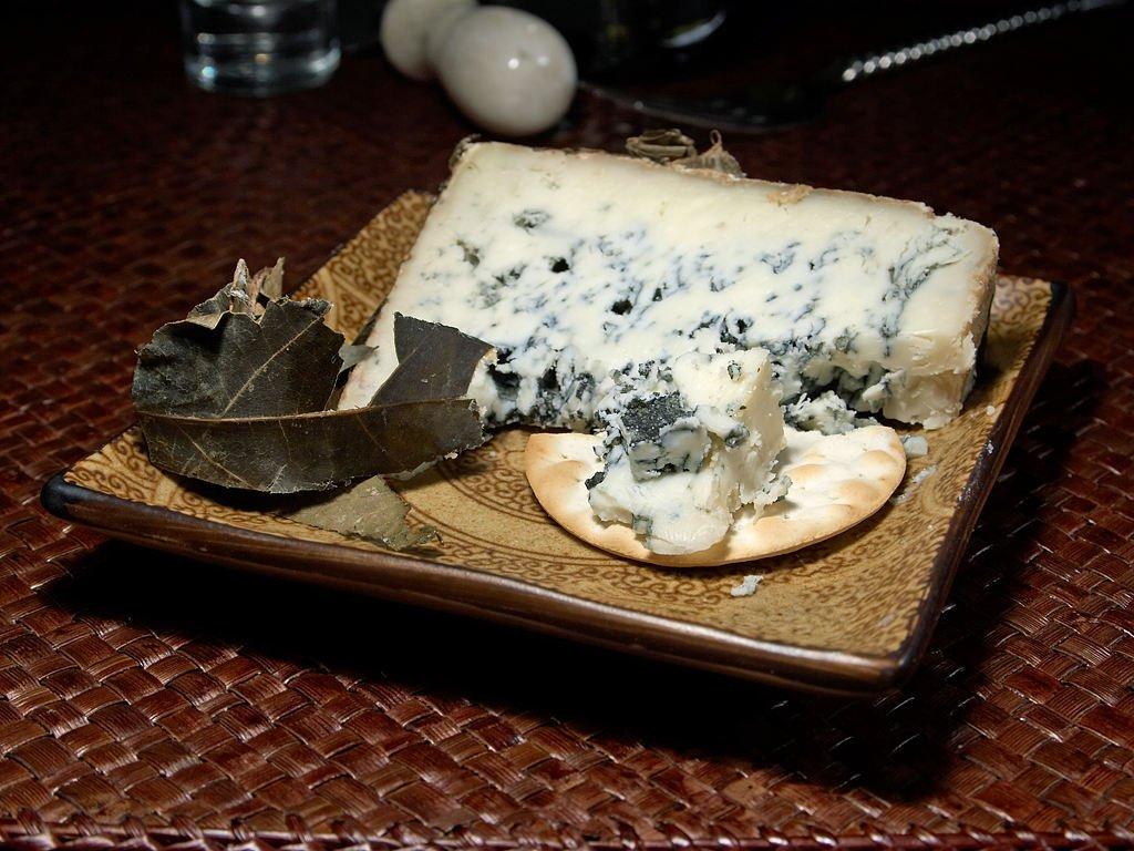 Benefícios do queijo roquefort