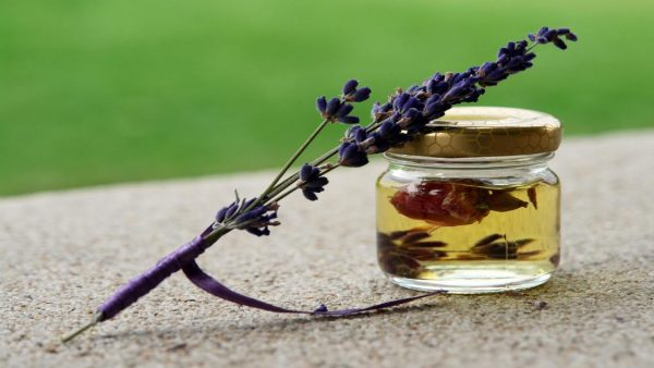 Óleos essenciais ajudam a tratar o estresse e outras doenças variadas