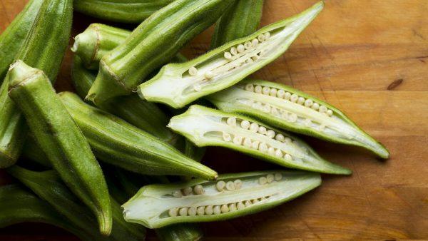 Quiabo é planta de origem africana e traz vários benefícios para a saúde