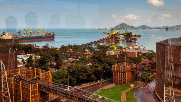 Vale do Rio Doce é uma mineradora multinacional brasileira