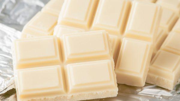 Chocolate branco, afinal, é chocolate? Como é produzido?