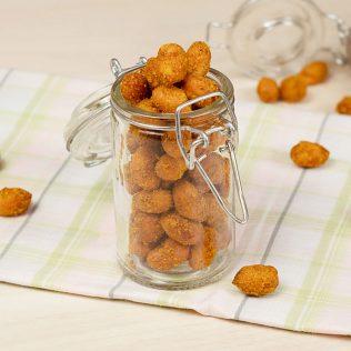 Amendoim japonês é um dos aperitivos mais populares no Brasil