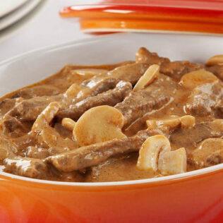 Estrogonofe de carne é um dos mais consumidos e saborosos