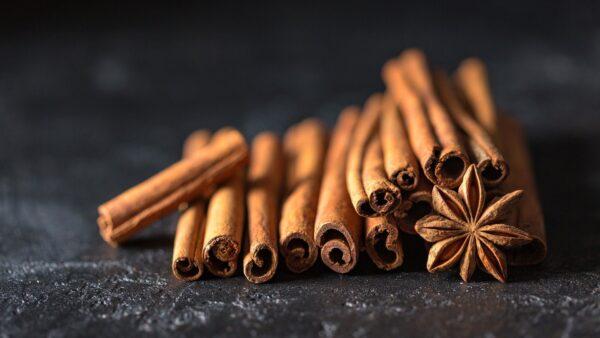 Óleo de canela é muito utilizado como relaxante e na aromaterapia