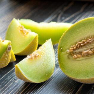 Saiba como plantar melão e confira as melhores dicas de cultivo