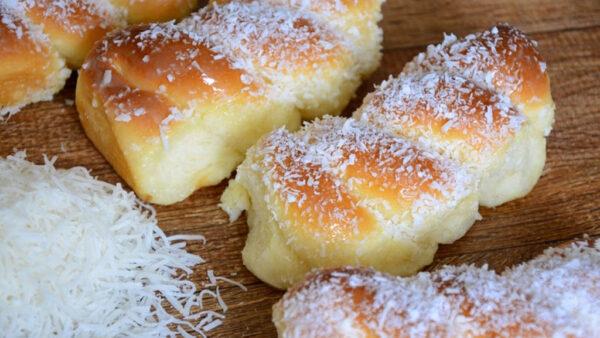 Pão de coco, clássico de padarias, ajuda a movimentar a economia