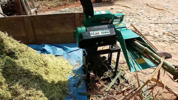 Picadeira serve para picar cana, capim, milho, entre outros