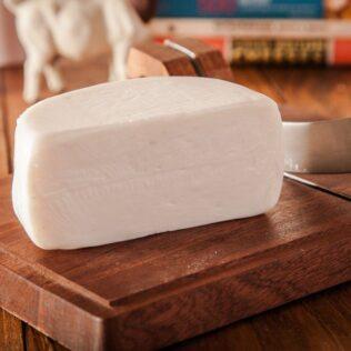Queijo de cabra é menos calórico que o queijo de vaca